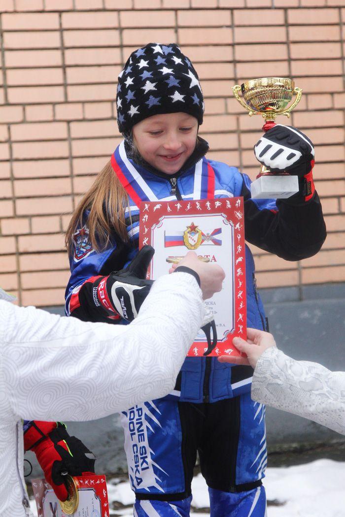 podium-g-03-04