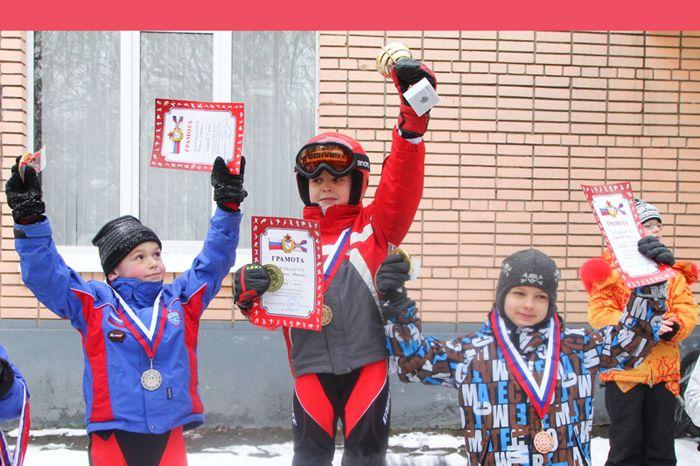 podium-b-03-04
