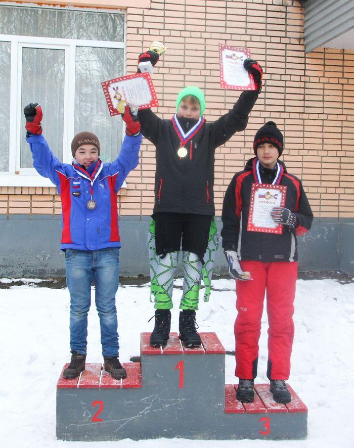 podium-b-99-00